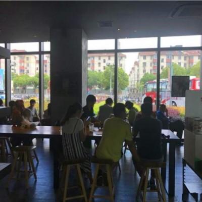 浦东大道美食城仅有的奶茶铺位 正门口 绝佳位置人多量大