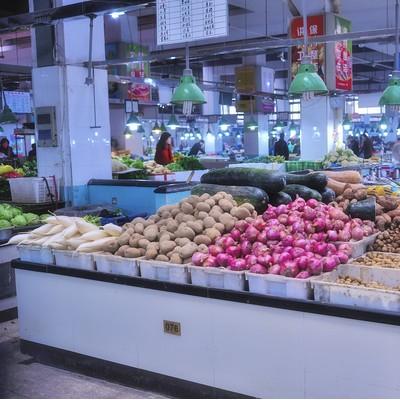 浦东新区三林菜市场可做蔬菜肉类水产干货调料鸡蛋光鸡等业态不限