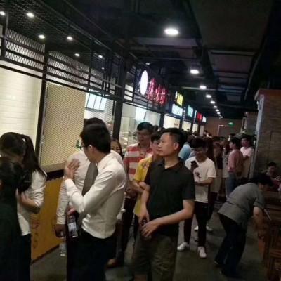 浦东塘桥美食城独立店 人多外卖单量大 环境好 可堂吃