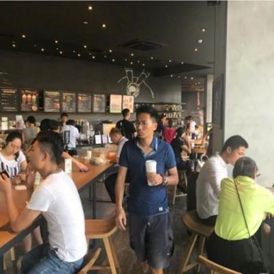 宝山区大场镇精装美食城独立店可做零售无油烟轻餐饮奶茶冰激凌等