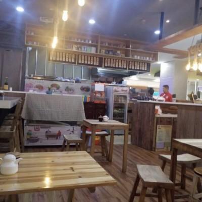 浦东三林板块上南路地铁口一楼旺铺可做重餐饮自带商业