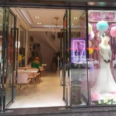 盈利中婚纱摄影店转让,有稳定客源接手即可营业, 可整转或空转
