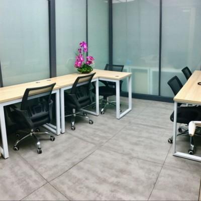 中小型创业孵化基地办公室出租!配合上门验场地,可纯挂靠。