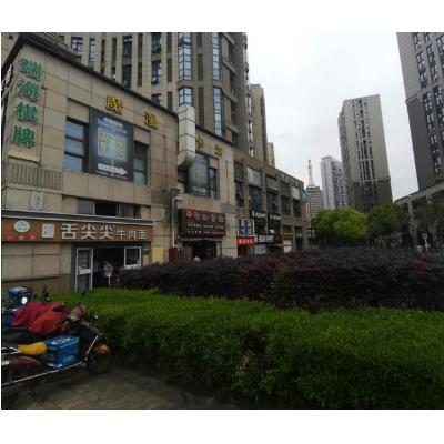 杨浦四平路靠近国权路沿街门面,周边小区学校办公配套,人流大