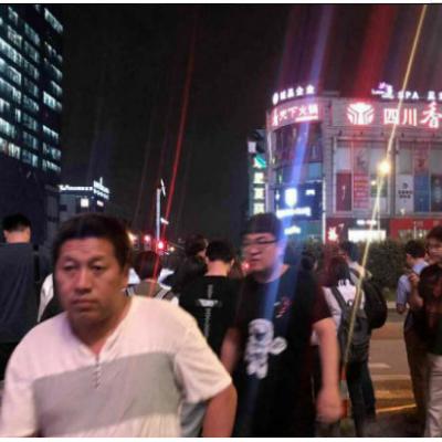 闵行龙之梦莘建路沿街旺铺招租,重餐饮,人流全天爆满
