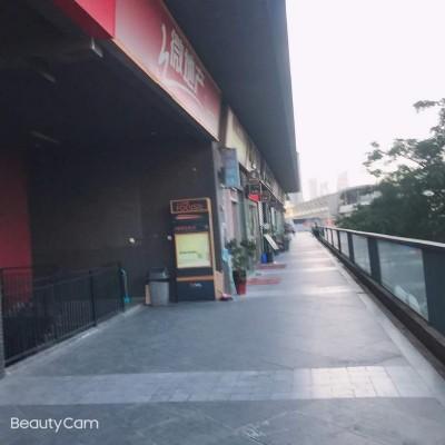 龙华白石龙地铁站C出口店铺出租转让W