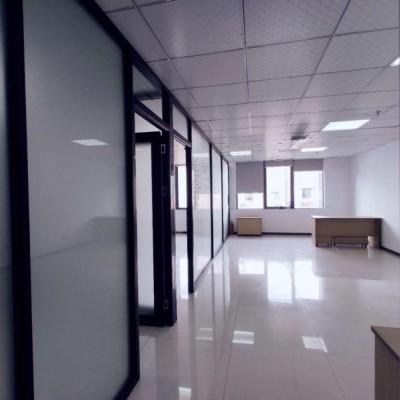 153方写字楼出租 精装修 带隔间 非中介 杭州办公室出租
