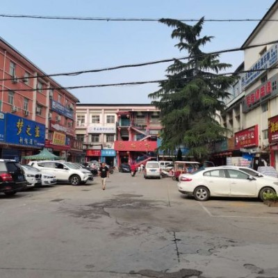 洛阳西工商铺招商,周边人流量广泛,各种业态都可欢迎致电!!