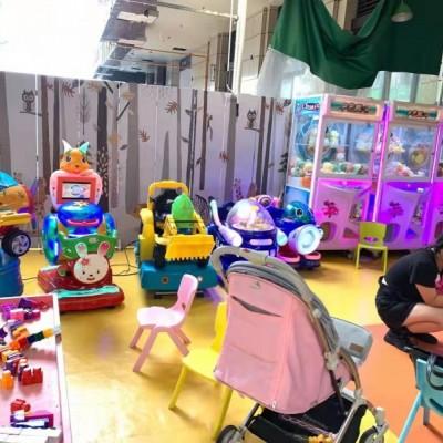 多家小区附近 唯一一家儿童乐园